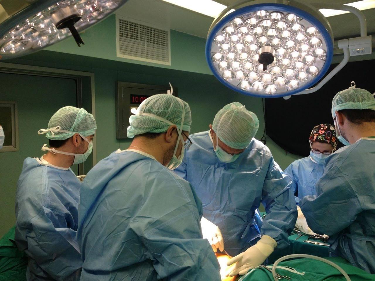 γυναικολόγος - χειρουργος μαιευτήρας - αποβολή -χειρουργείο
