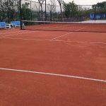Κατασκευή γηπέδου τέννις με χώμα: πώς γίνεται βήμα προς βήμα