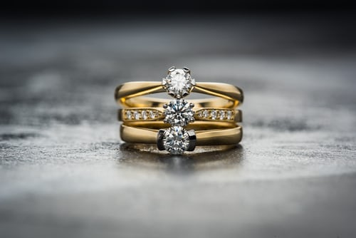 μονοπετρα δαχτυλιδια