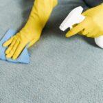Καθαρισμός χαλιών στο σπίτι: Πώς μπορείτε να προφυλαχθείτε από τον κορωνοϊό με φυσικό τρόπο
